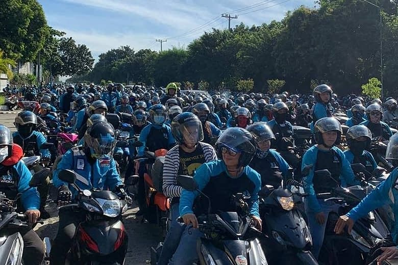 Over 10,000 motorcycle taxi riders back on road Wednesday